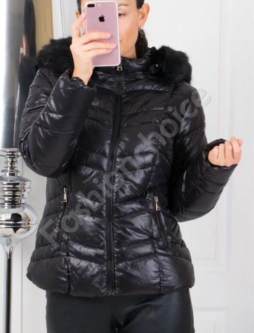 Зимно дамско яке с черен пух на качулката-код 1791