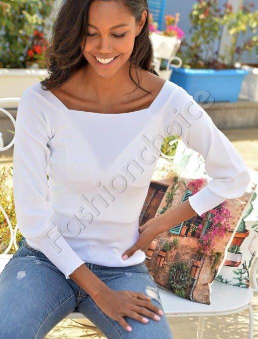 Плетена блузка в бяло с ефектно деколте Код 2112