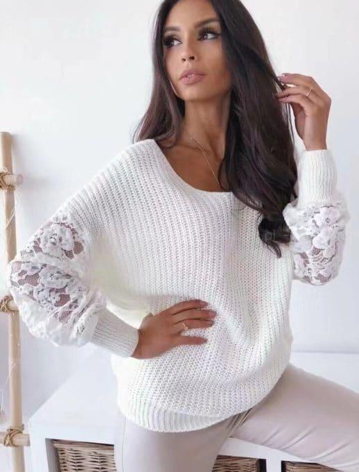 Дамска плетена блуза с дантелени ръкави в бяло Код 9135