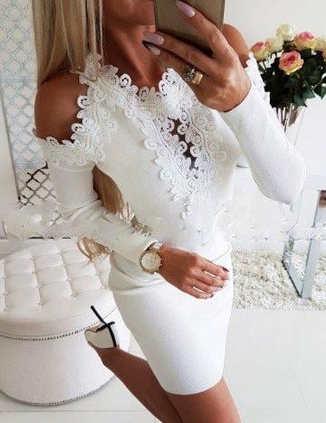 Елегантна рокля в бяло с дантела и голи рамене Код 1356-12