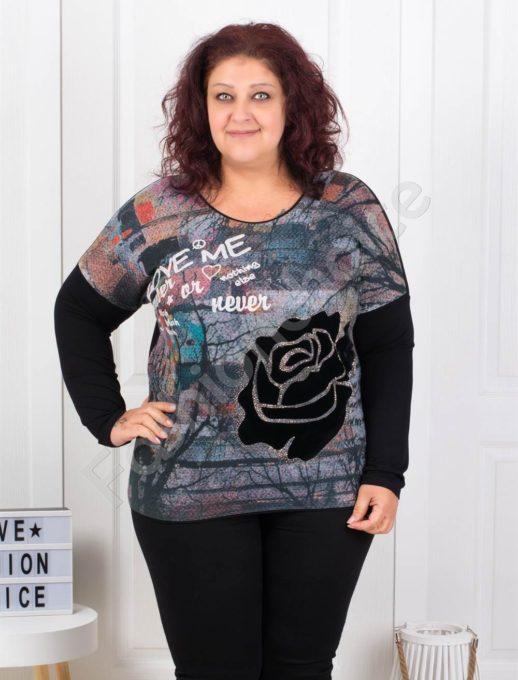 Дамска плътна макси блузка с апликация роза-код 2739