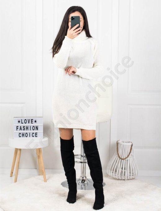 Дамска дълга плетена рокля с поло яка в бяло Код 1377-2
