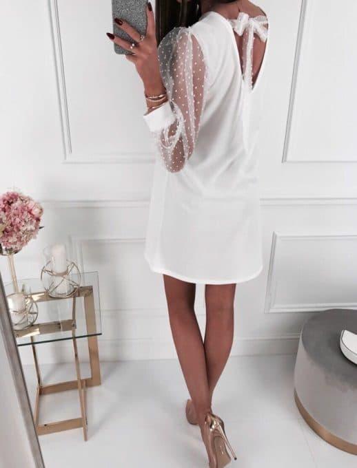 Прекрасна дамска рокля в бяло с ръкави от тюл-код 19124