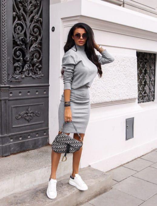 Плътен комплект от пола и блуза в сиво Код 1373-2