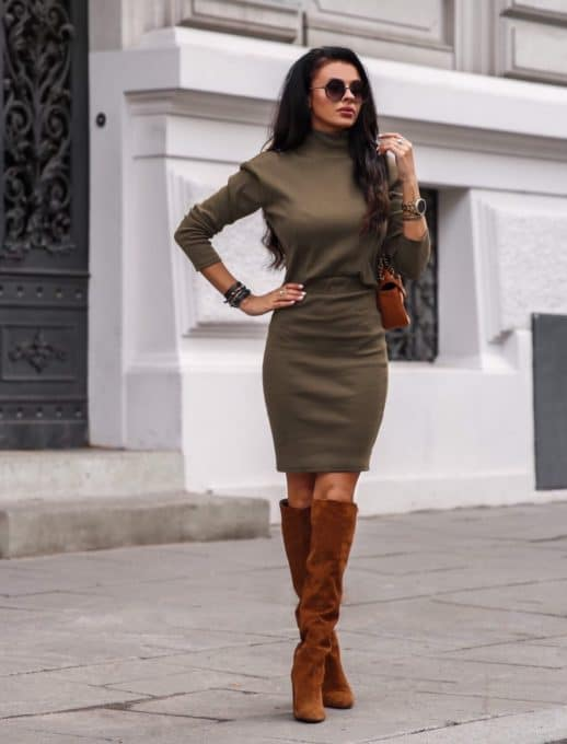 Плътен комплект от пола и блуза в цвят каки Код 1373-3