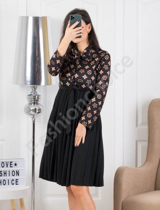 Елегантна рокля плисе в кафяво Код 324-1