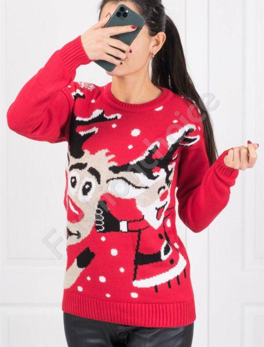 Закачливо плетено коледно пуловерче с еленче в червено Код 1375-2