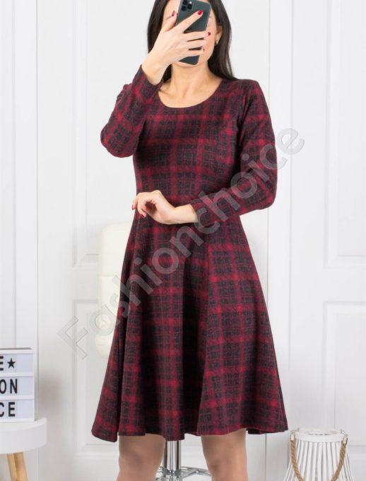 Зимна разкроена рокля в нежно каре -бордо-Код 2009-3