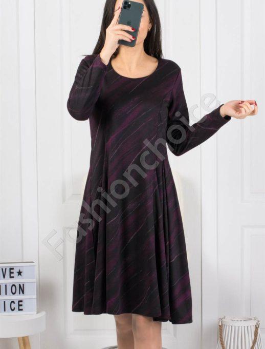 Интересна разкроена рокля в тъмнолилав десен-Код 1953-1