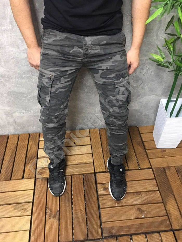 Мъжки спортен панталон в камуфлажен десен- сиво Код 8588
