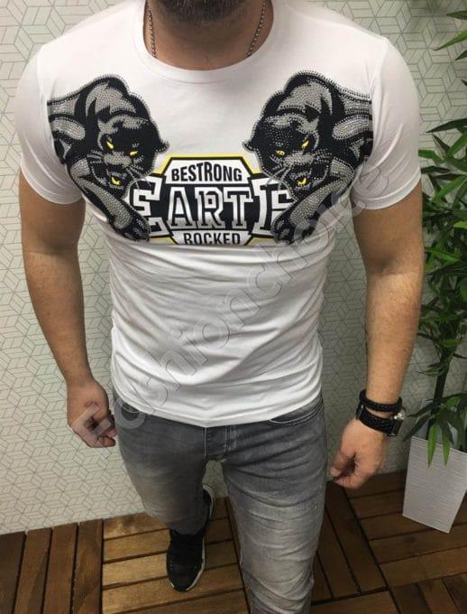 Оригинална мъжка тениска в бяло с декоративни камъчета