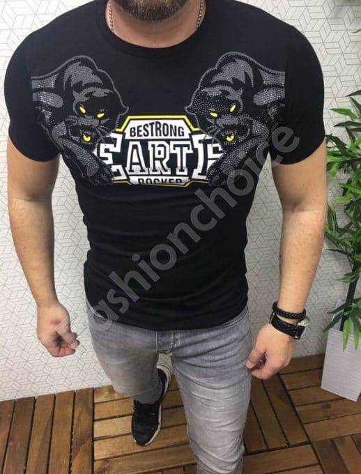 Оригинална мъжка тениска в черно с декоративни камъчета