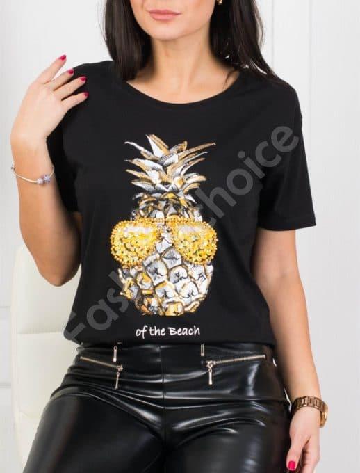 Ефектна дамска блузка с цветна декорация ананас -черно