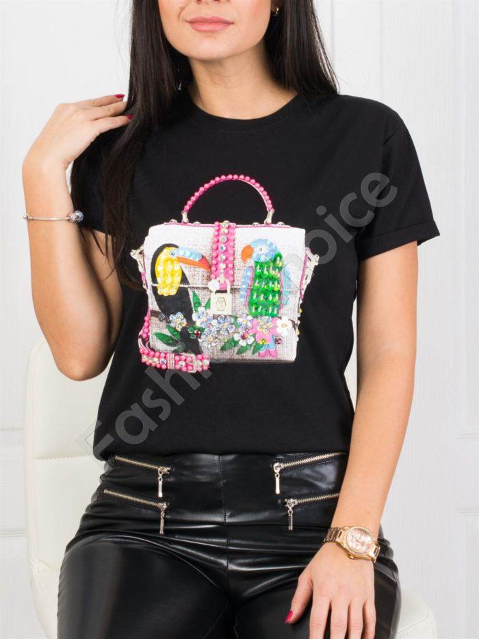 Кокетна дамска блузка с блестящи папагали- черно Код 877