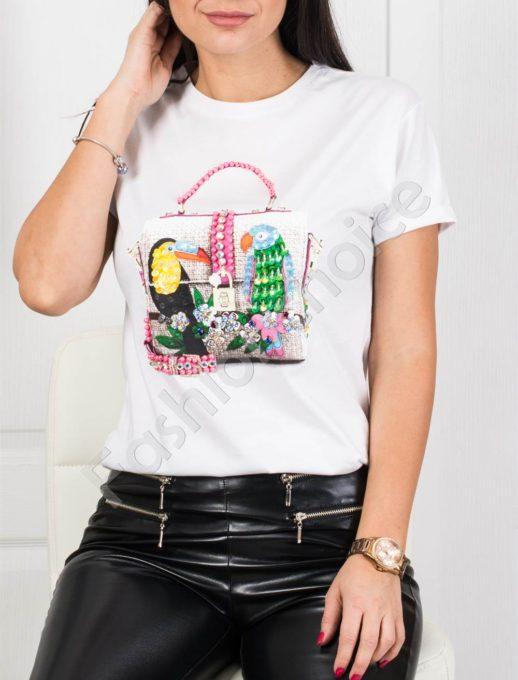 Кокетна дамска блузка с блестящи папагали- бяло Код 877-1