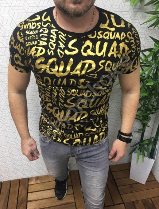 Мъжка тениска в черно със златен надпис