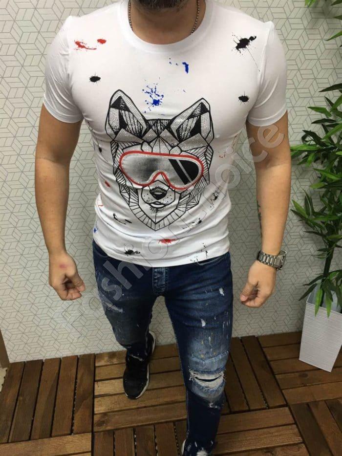 Мъжка бяла тениска с декорация очила и камъчета