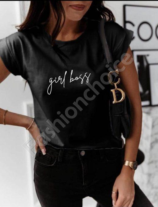 Дамска тениска с нежен надпис в черно