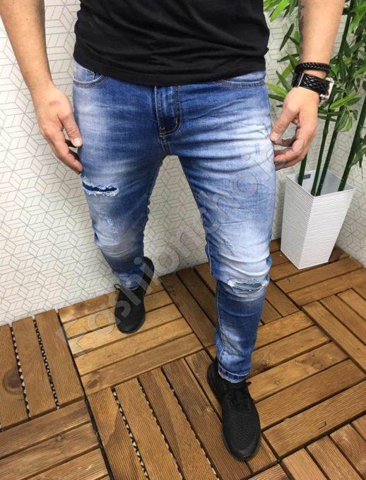 Мъжки дънки с леко надран ефект/46-58/-код 788