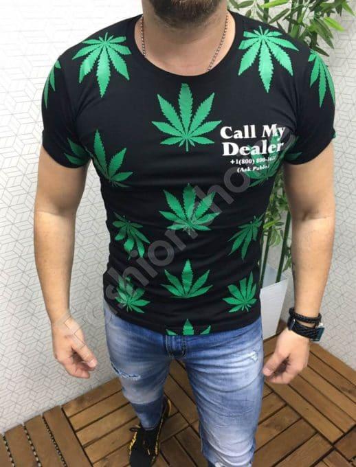 Мъжка тениска в черно с модерна щампа
