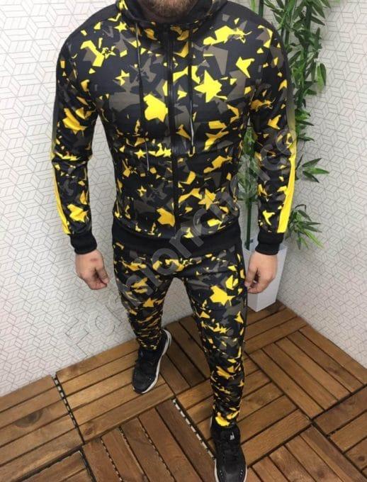 Мъжки спортен комплект в десен на свежи жълти фигури-Код 310