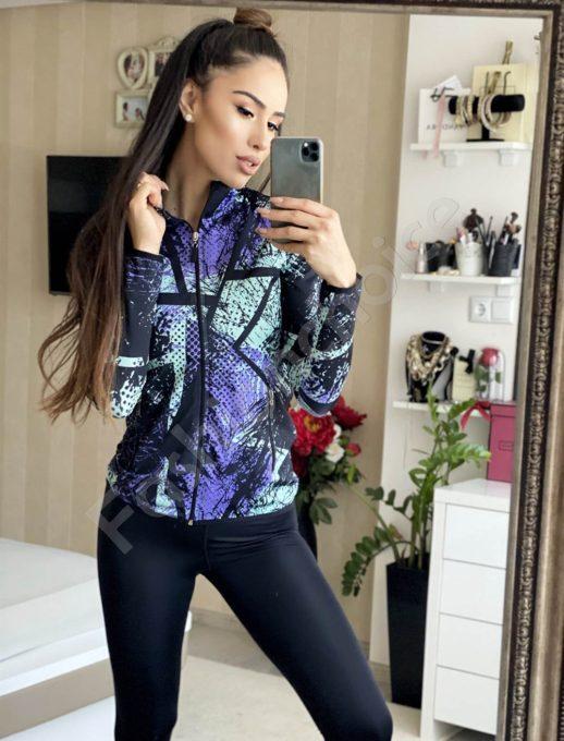 Дамски спортен екип с моден десен-черно/лилаво код 502