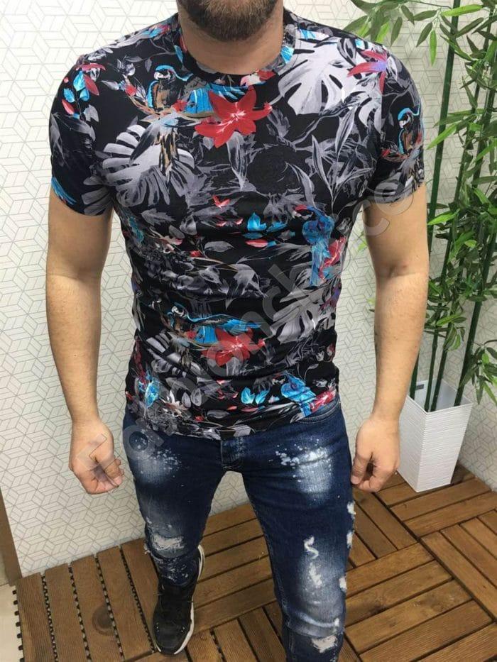 Мъжка тениска с цветен десен-код 385