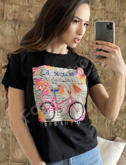 Черна дамска блуза с интересна декорация- колело код 2008