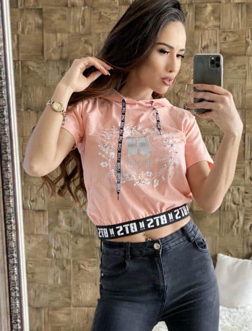 Сладка блузка в цвят пудра с интересна щампа-код 203