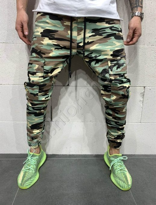 Мъжки камуфлажни дънки в зелено-код 5096