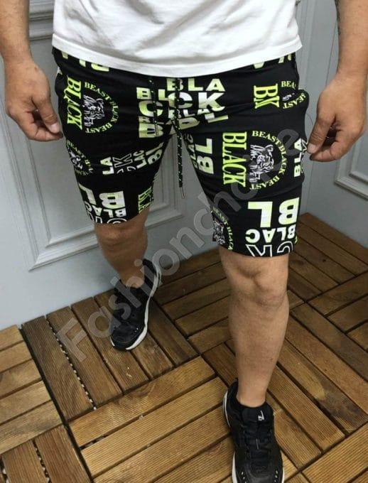 Мъжки къси панталони с надписи в черно и зелено-код 9206