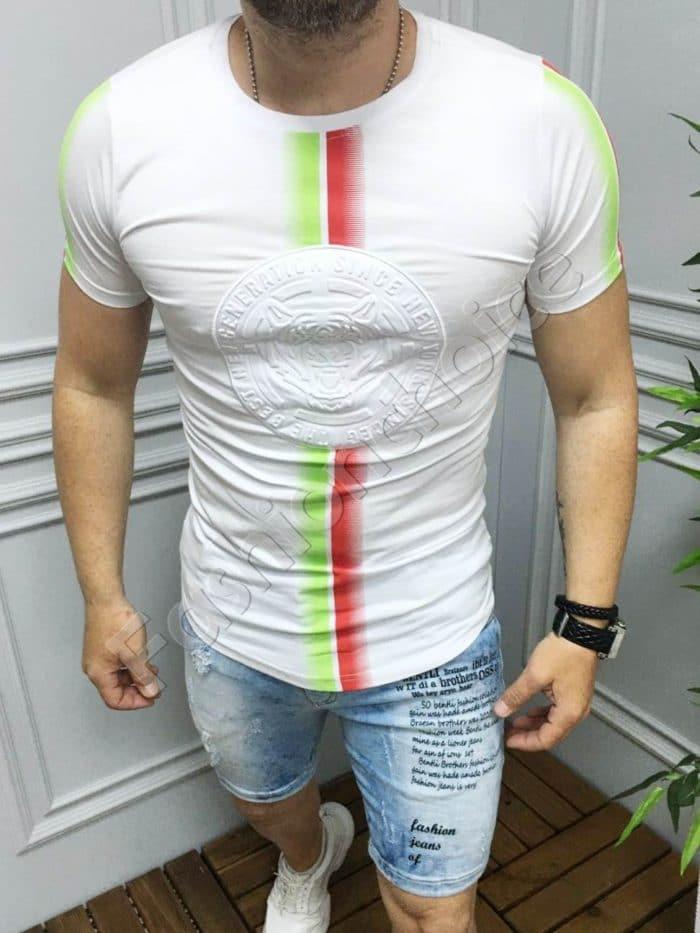 Мъжка бяла тениска с цветна щампа-код 230