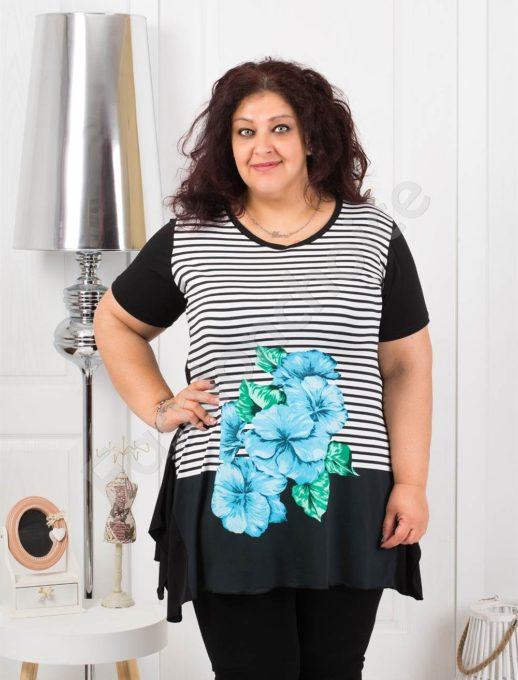 Красива макси туника на райе с нежно синьо цвете-код 0683