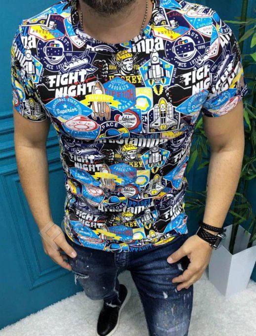 Цветна мъжка тениска с надпис FIGHT NIGHT в син нюанс-код 19730