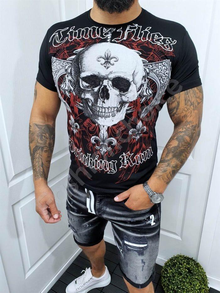 Мъжка тениска с череп и камъчета в черно и червено-код 067