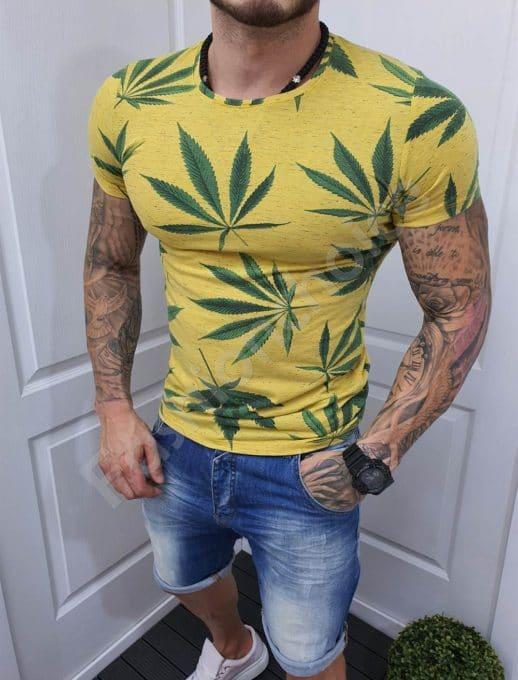Мъжка тениска в жълто с цветна щампа-код 20392