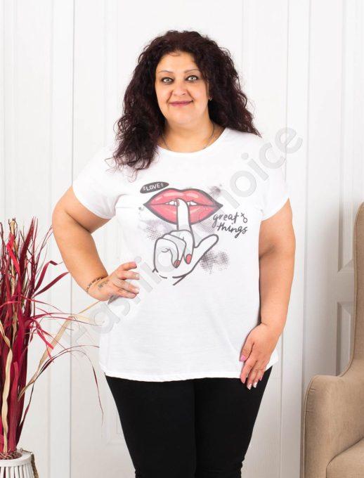 Дамска макси блузка в бяло със свежа щампа устни-код 614