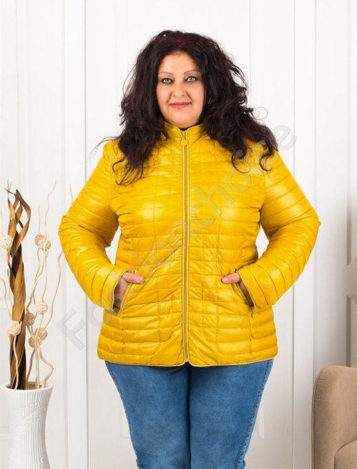 Красиво дамско макси яке с качулка-цвят горчица-код 5870-4